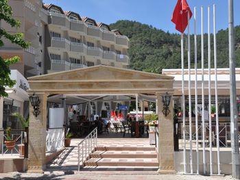 SELEN HOTEL ICMELER 3*