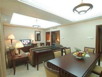 BAOHONG HOTEL 4*