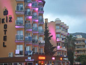 KLEOPATRA IKIZ HOTEL.