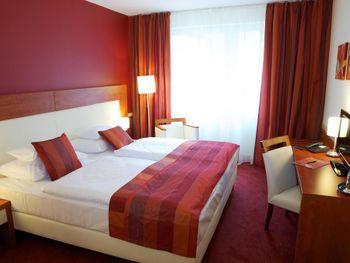 CITY INN HOTEL 4*