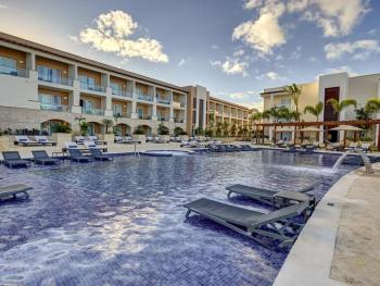 HIDEAWAY AT ROYATON PUNTA CANA 3*