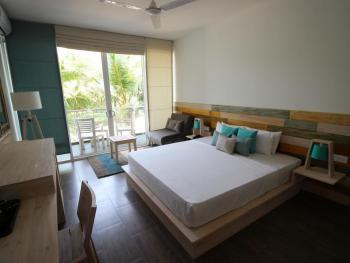 HIKKADUWA BEACH HOTEL 3*