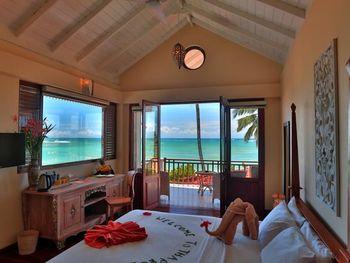 THAPROBAN BEACH HOTEL 3*