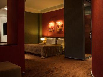 AVENUE HOTEL BAKU 4*
