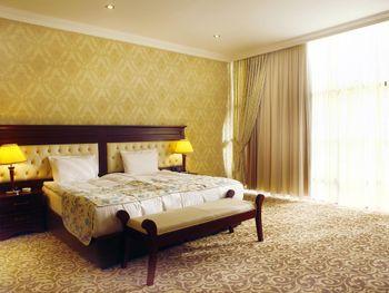 MODERN HOTEL 4*