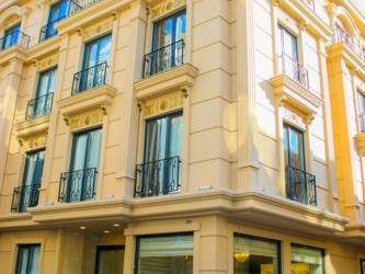 DELUXE NEWPORT HOTEL 3*