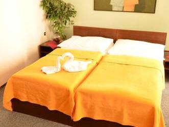 OSTAS HOTEL 3*
