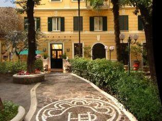 HOTEL VILLA SAN LORENZO MARIA 3*
