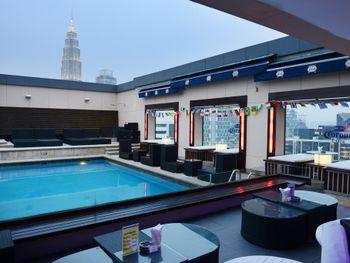PACIFIC REGENCY HOTEL SUITES 4*
