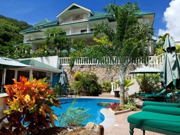 HANNEMAN HOLIDAY RESIDENCE 3*