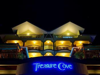 TREASURE COVE HOTEL 2*