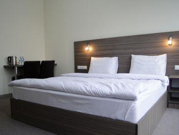 HOTEL M9 3*