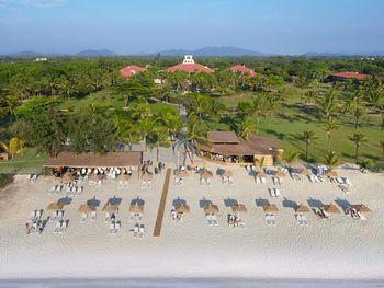 RAMADA CARAVELA BEACH RESORT 5*