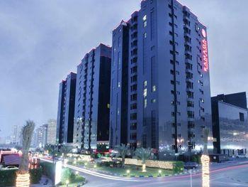 RAMADA HOTEL & SUITES 4*