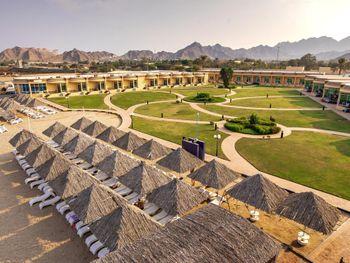 Royal Beach Hotel & Resort (3н.) + Ras Al Khaimah Hotel (2н.)