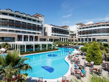 ALBA ROYAL HOTEL 5*