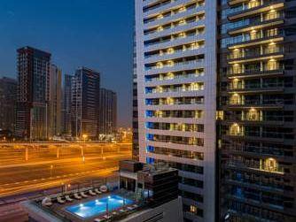 MILLENNIUM PLACE DUBAI MARINA 4*