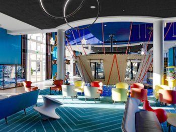 MAGIC CIRCUS HOTEL AT DISNEYLAND PARIS 4*
