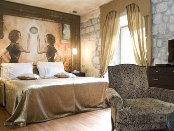 HOTEL BOUTIQUE ASTORIA 4*