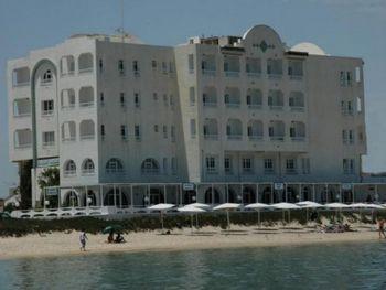 HOTEL MENCHIA 3*