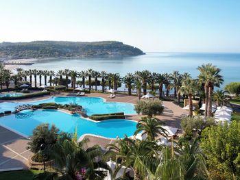 SANI BEACH HOTEL & SPA 5*
