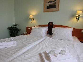 CENTRAL HOTEL PRAGUE 3*
