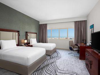 DOUBLETREE BY HILTON HOTEL RAS AL KHAIMAH 4*