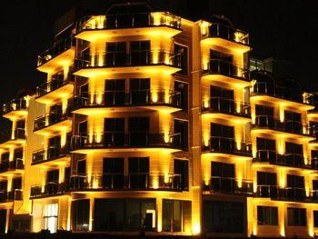 LEGACY HOTEL 4*