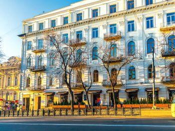 Rustaveli Hotel (Кутаиси(2ночи) + курорт)