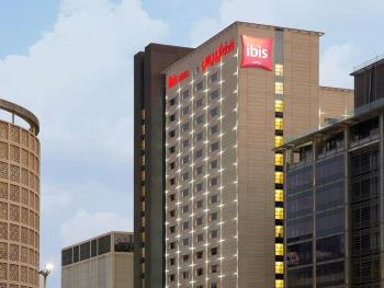 IBIS ONE CENTRAL HOTEL 3*