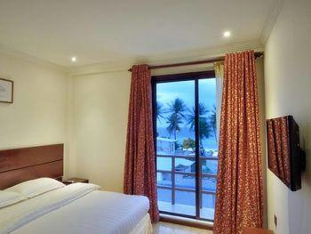 WHITE SHELL ISLAND HOTEL & SPA MAAFUSHI 3*