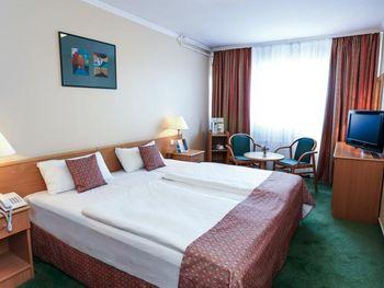 DANUBIUS HOTEL ARENA 4*