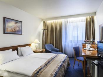 HUNGARIA HOTEL CITY CENTER 4*