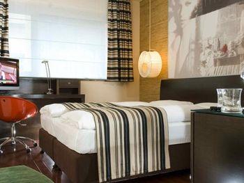 SOHO HOTEL 4*